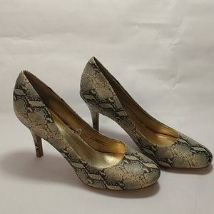 Mossimo Faux Snake skin size 11 Heels